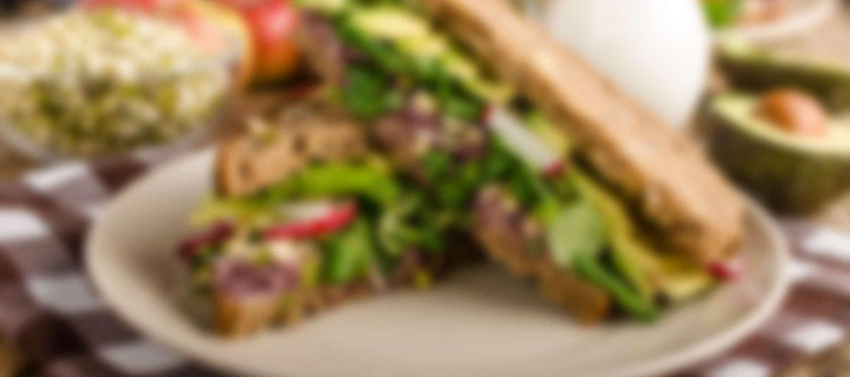 Chipotle-Avocado Sandwich